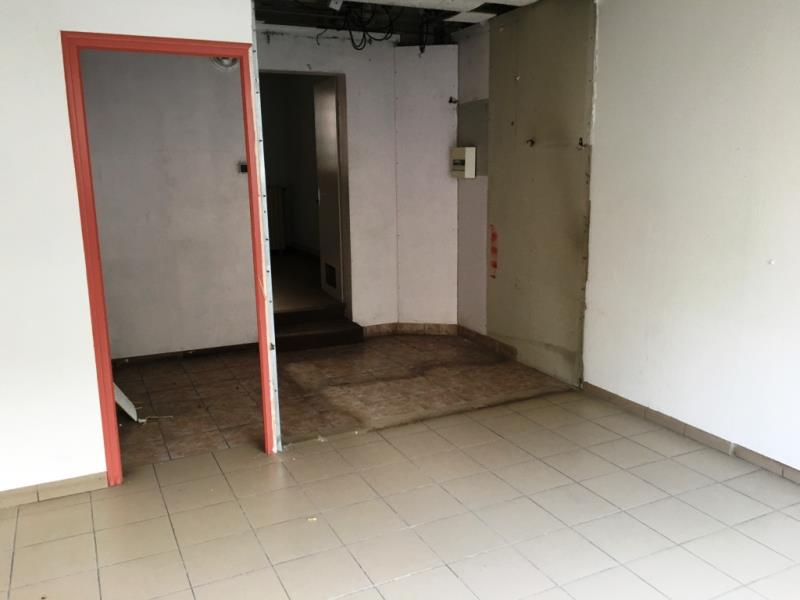 LOCAL COMMERCIAL FOUGERES - 55 m2 2/4