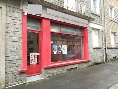 LOCAL COMMERCIAL FOUGERES - 45 m2