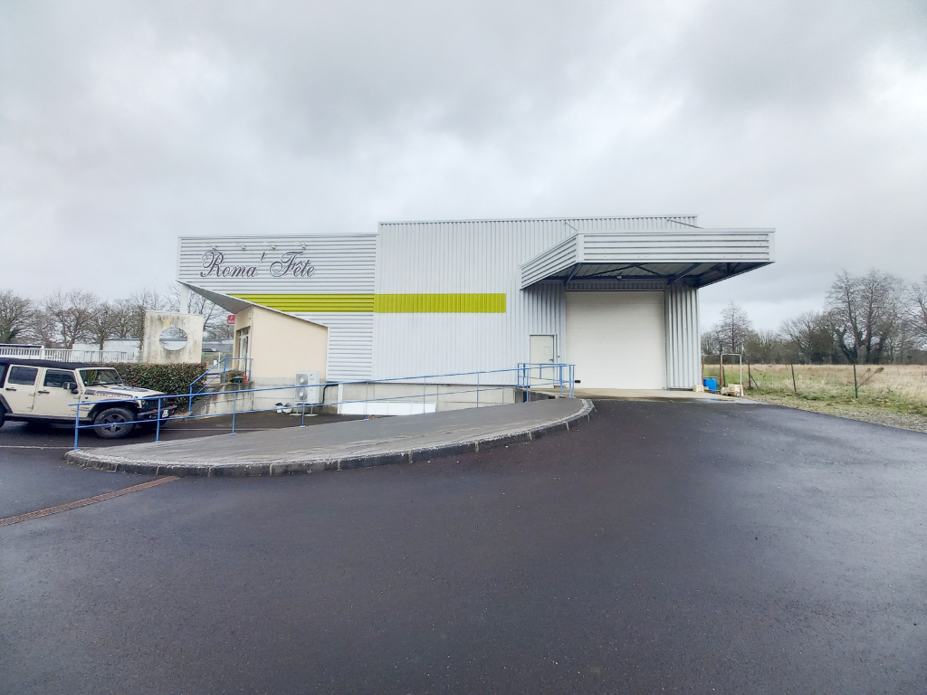 Local commercial Romagne 600 m2 2/7